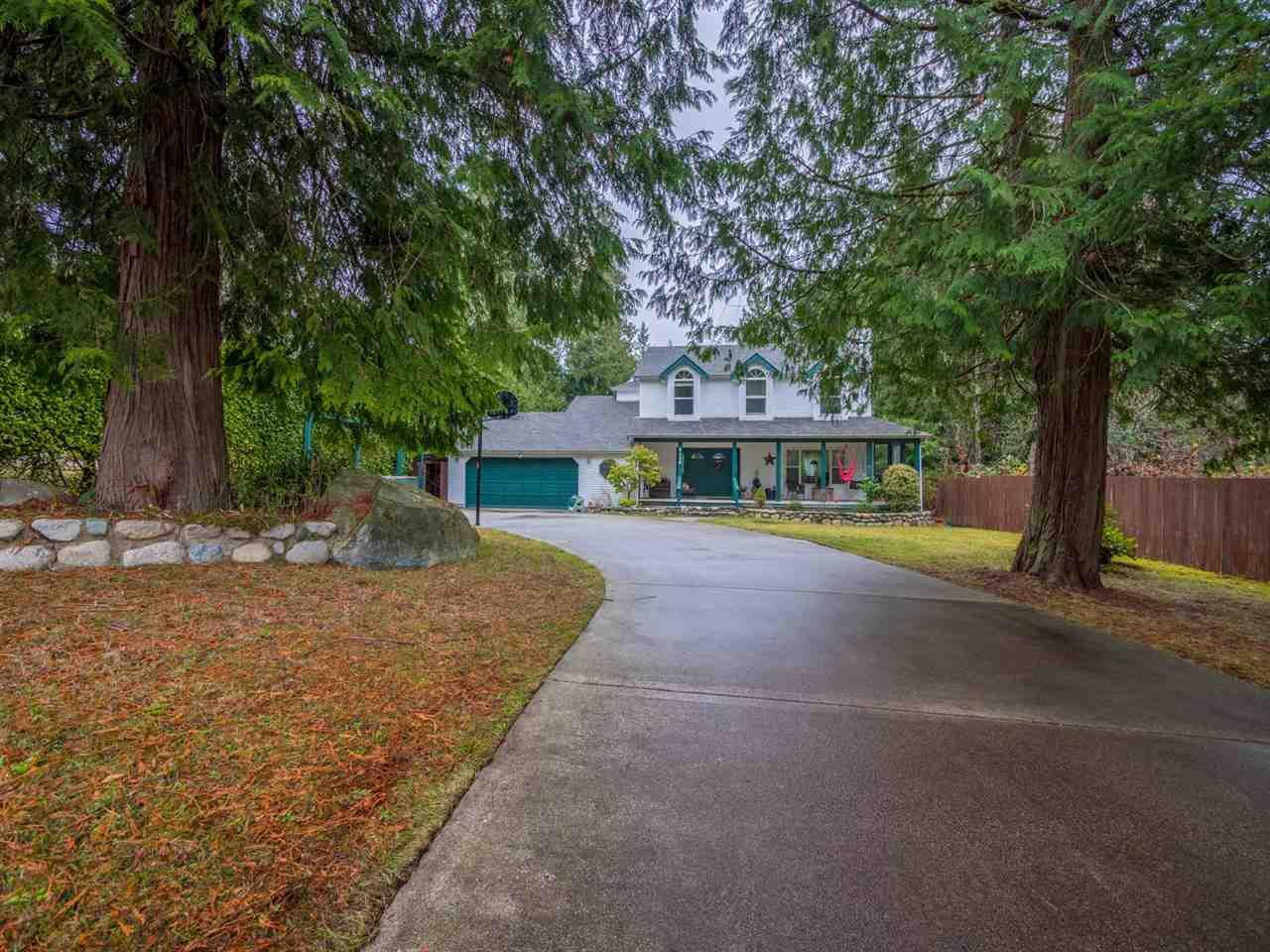 "Main Photo: 8130 CEDARWOOD Road in Halfmoon Bay: Halfmn Bay Secret Cv Redroofs House for sale in ""WELCOME WOODS"" (Sunshine Coast)  : MLS®# R2228689"