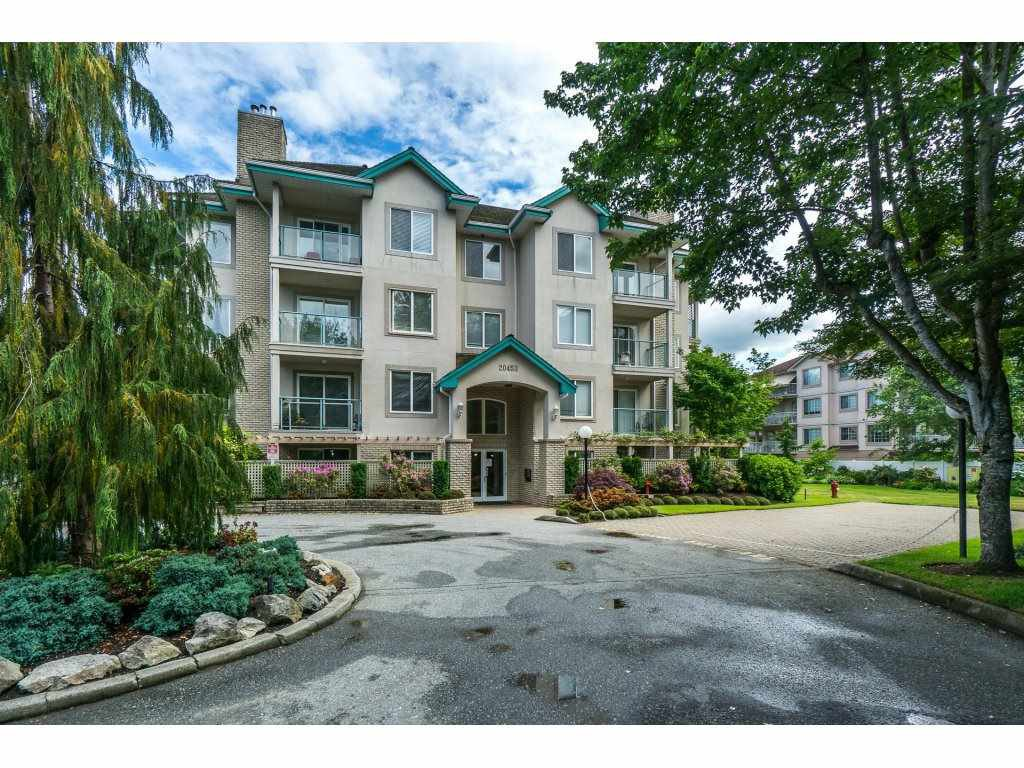 "Main Photo: 307 20453 53 Avenue in Langley: Langley City Condo for sale in ""Countryside Estates"" : MLS®# R2275988"