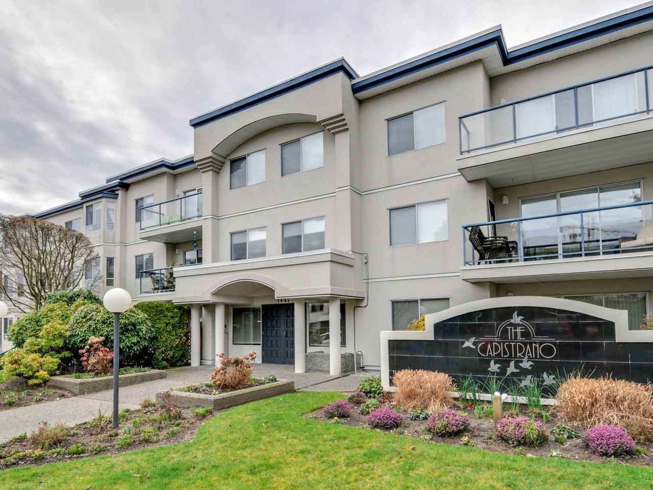 Units rarely come available in this small, sought after building!