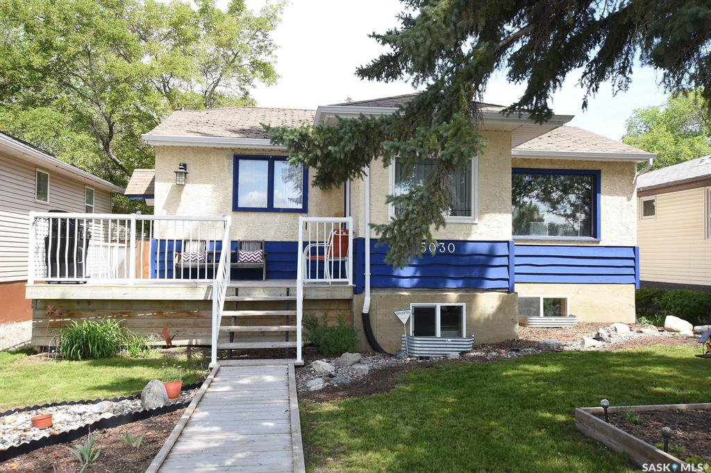 Main Photo: 5030 Dewdney Avenue in Regina: Rosemont Residential for sale : MLS®# SK778611