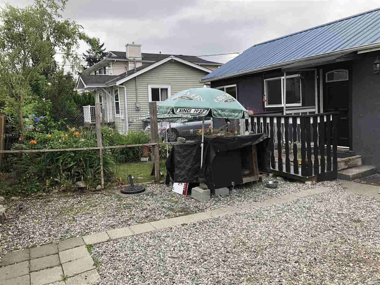 """Photo 2: Photos: 12767 115A Avenue in Surrey: Bridgeview House for sale in """"Bridgeview"""" (North Surrey)  : MLS®# R2386694"""