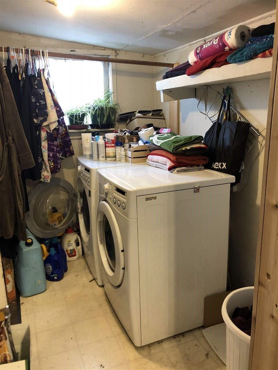 """Photo 5: Photos: 12767 115A Avenue in Surrey: Bridgeview House for sale in """"Bridgeview"""" (North Surrey)  : MLS®# R2386694"""