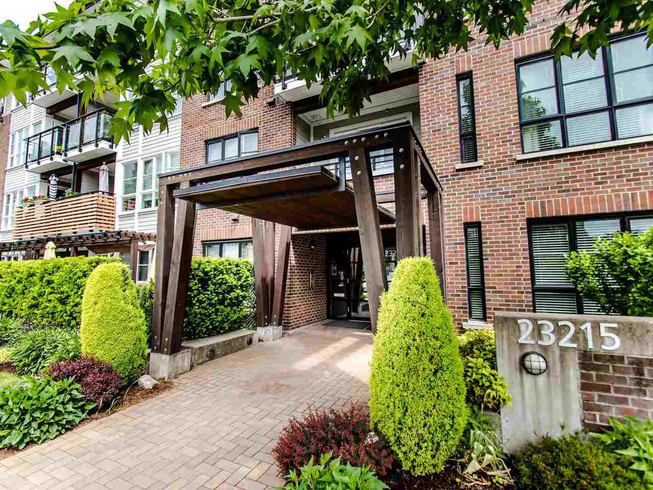 "Main Photo: 203 23215 BILLY BROWN Road in Langley: Fort Langley Condo for sale in ""WATERFRONT AT BEDFORD LANDING"" : MLS®# R2460777"