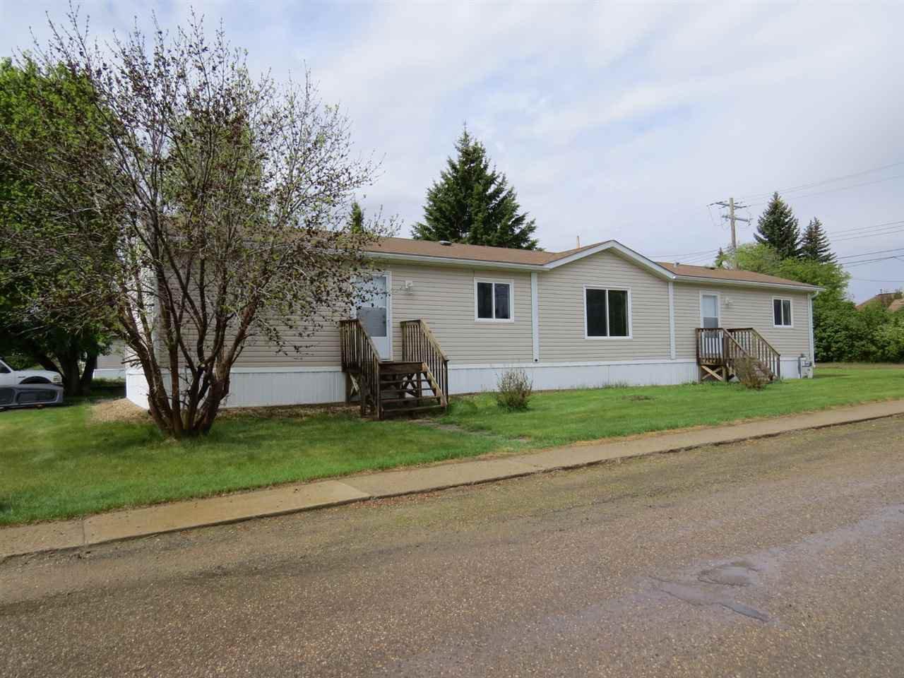 Main Photo: 5040 47 Street: Hardisty House for sale : MLS®# E4201024