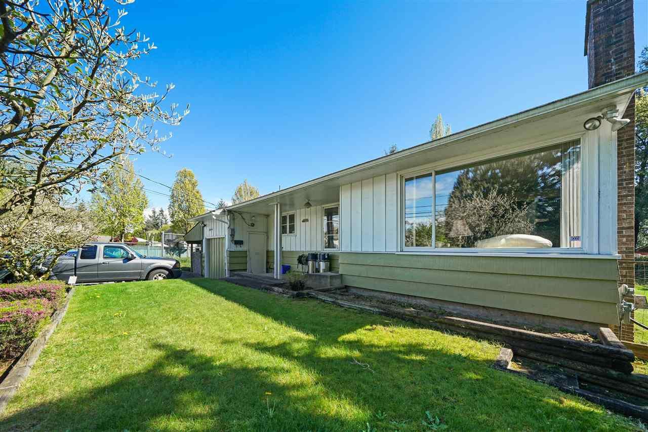 Main Photo: 20994 LOUGHEED Highway in Maple Ridge: Southwest Maple Ridge House for sale : MLS®# R2464766