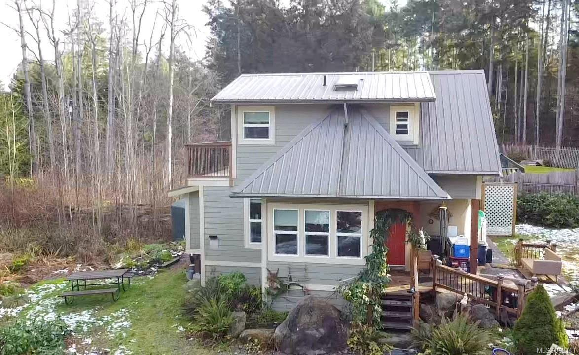 Main Photo: 1579 Violet Cres in : Isl Gabriola Island House for sale (Islands)  : MLS®# 862111