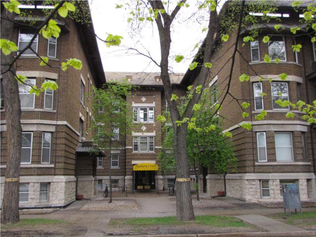 Main Photo: 778 McMillan Avenue in WINNIPEG: Fort Rouge / Crescentwood / Riverview Condominium for sale (South Winnipeg)  : MLS®# 1121100