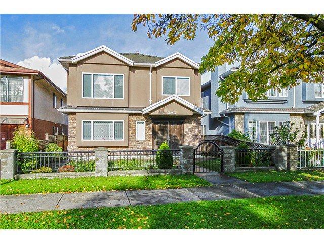 Main Photo: 3263 CHARLES Street in Vancouver: Renfrew VE House for sale (Vancouver East)  : MLS®# V1092883