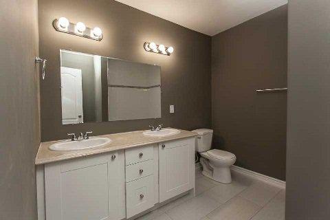 Photo 4: Photos: 42 12 Lankin Boulevard: Orillia Condo for sale : MLS®# X3073918