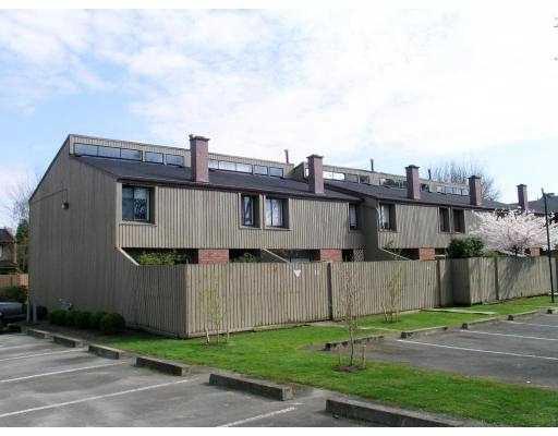 Main Photo: 9460 GLENALLAN Drive in Richmond: Saunders Townhouse for sale : MLS®# V611016