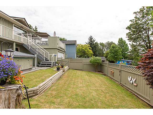 "Photo 20: Photos: 86 MOTT Crescent in New Westminster: The Heights NW House for sale in ""MASSEY HEIGHTS"" : MLS®# V1130149"