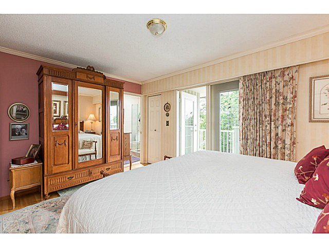 "Photo 11: Photos: 86 MOTT Crescent in New Westminster: The Heights NW House for sale in ""MASSEY HEIGHTS"" : MLS®# V1130149"