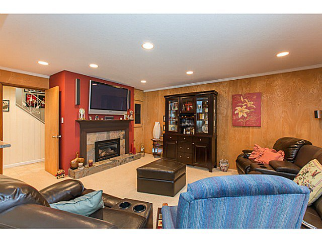 "Photo 15: Photos: 86 MOTT Crescent in New Westminster: The Heights NW House for sale in ""MASSEY HEIGHTS"" : MLS®# V1130149"