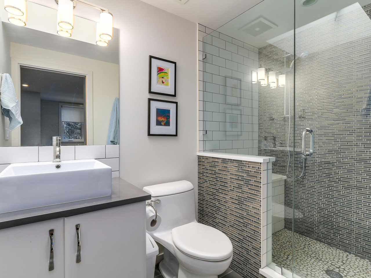 Photo 20: Photos: 3708 EDGEMONT Boulevard in North Vancouver: Edgemont House Fourplex for sale : MLS®# R2138514