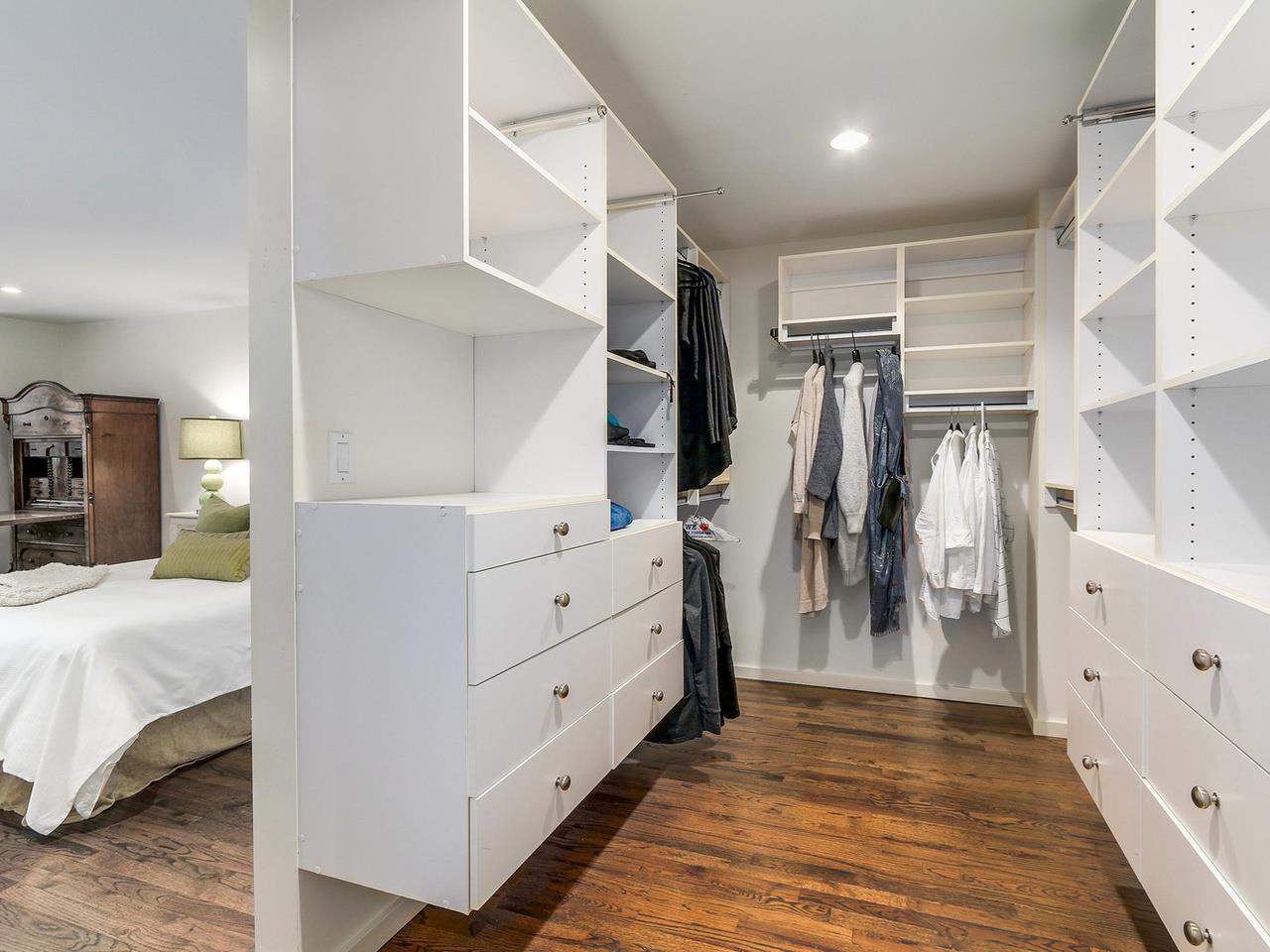 Photo 17: Photos: 3708 EDGEMONT Boulevard in North Vancouver: Edgemont House Fourplex for sale : MLS®# R2138514