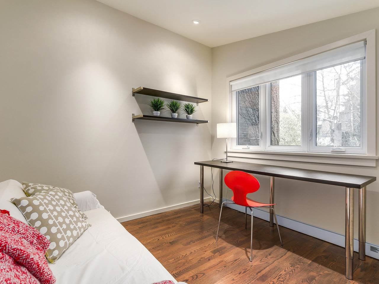 Photo 19: Photos: 3708 EDGEMONT Boulevard in North Vancouver: Edgemont House Fourplex for sale : MLS®# R2138514