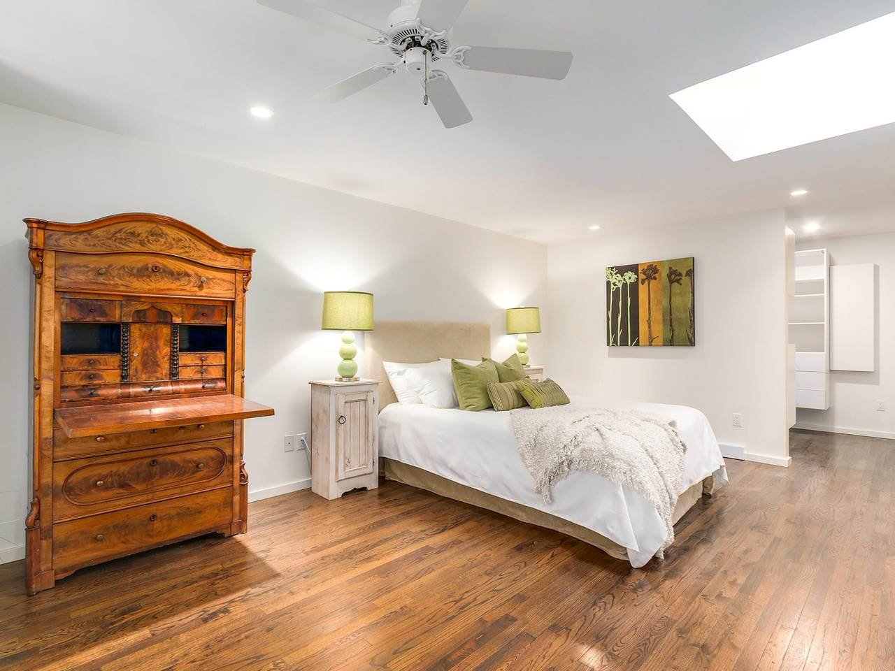 Photo 15: Photos: 3708 EDGEMONT Boulevard in North Vancouver: Edgemont House Fourplex for sale : MLS®# R2138514