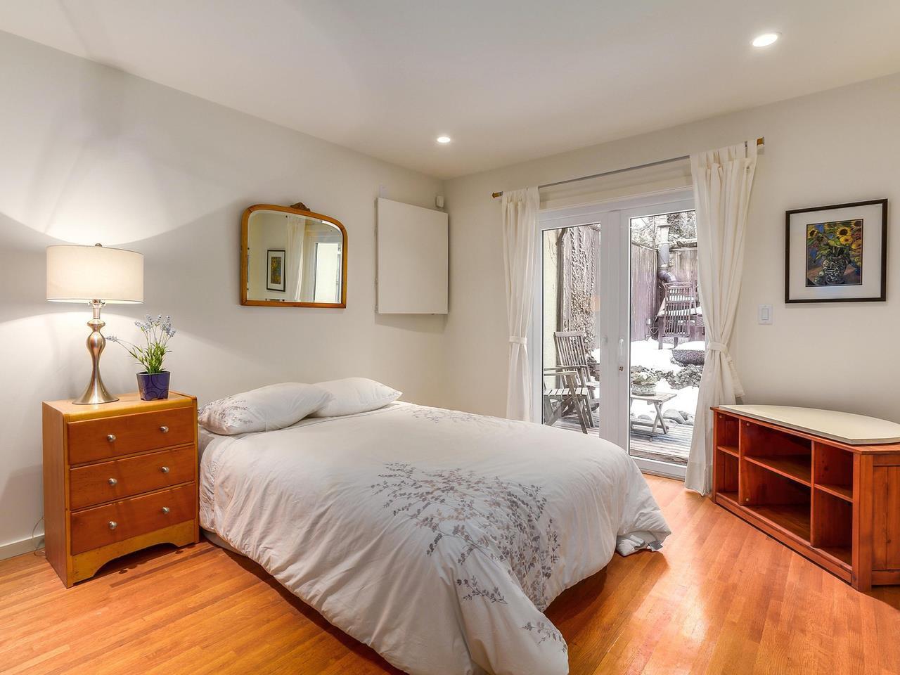 Photo 13: Photos: 3708 EDGEMONT Boulevard in North Vancouver: Edgemont House Fourplex for sale : MLS®# R2138514