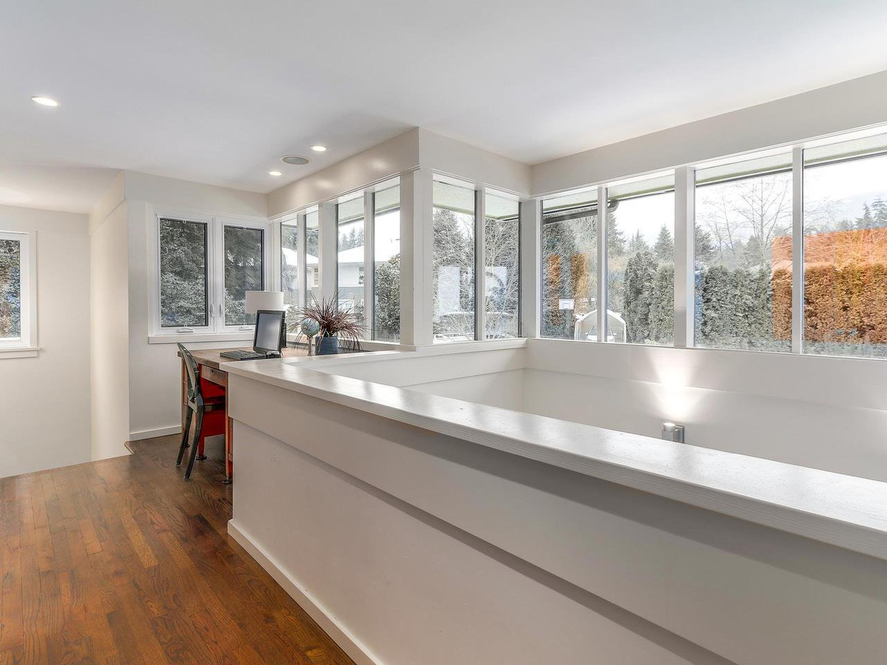 Photo 14: Photos: 3708 EDGEMONT Boulevard in North Vancouver: Edgemont House Fourplex for sale : MLS®# R2138514