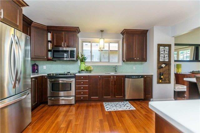 Photo 8: Photos: 602 Pinewood Street in Oshawa: O'Neill House (Backsplit 4) for sale : MLS®# E3845986