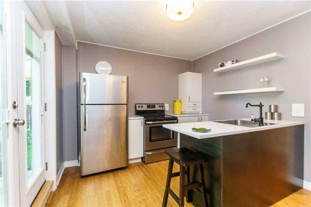 Photo 14: Photos: 602 Pinewood Street in Oshawa: O'Neill House (Backsplit 4) for sale : MLS®# E3845986