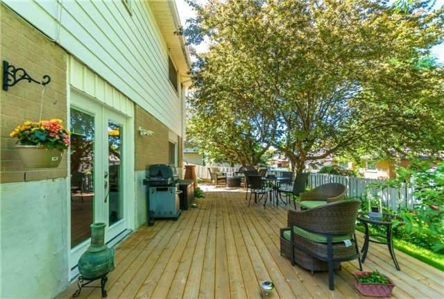 Photo 18: Photos: 602 Pinewood Street in Oshawa: O'Neill House (Backsplit 4) for sale : MLS®# E3845986