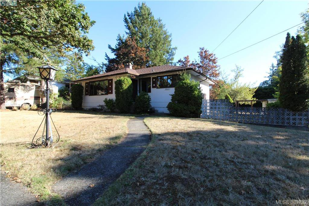 Main Photo: 1013 Verdier Avenue in BRENTWOOD BAY: CS Brentwood Bay Single Family Detached for sale (Central Saanich)  : MLS®# 383732
