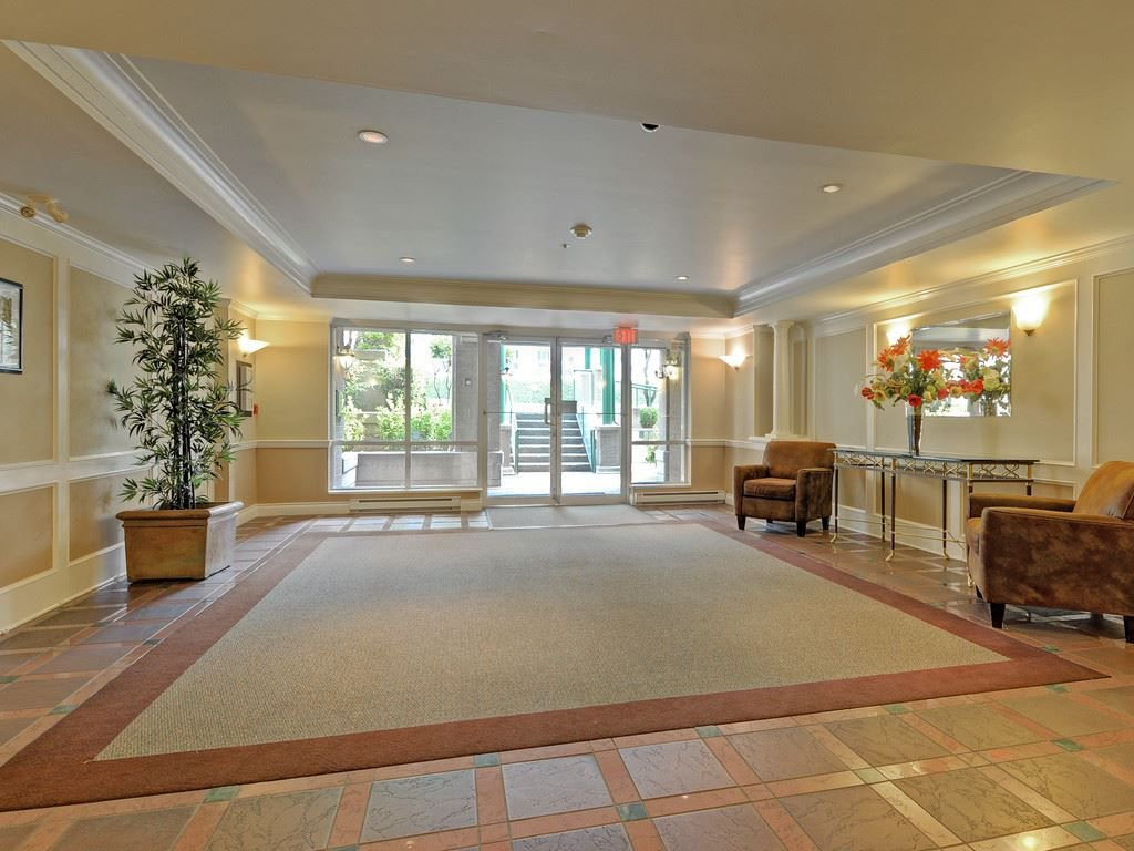 Photo 19: Photos: 412 1575 BEST Street: White Rock Condo for sale (South Surrey White Rock)  : MLS®# R2299527