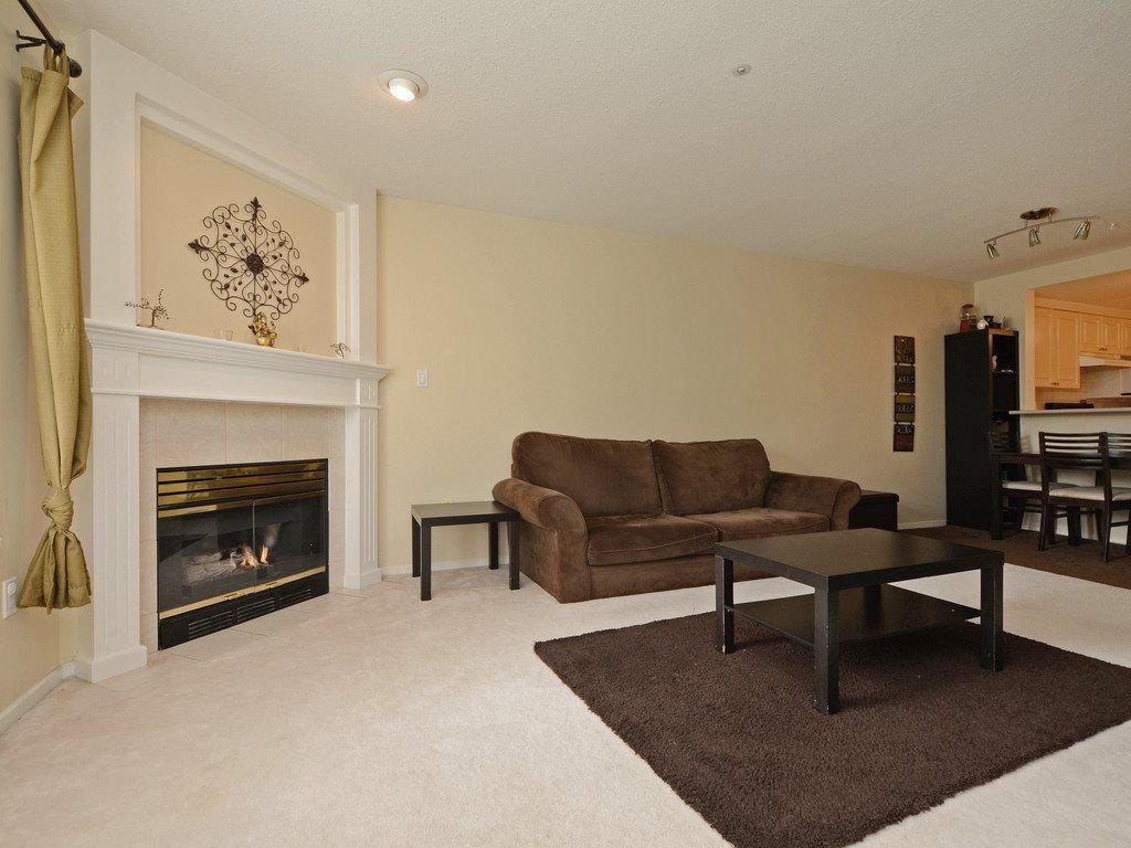 Photo 6: Photos: 412 1575 BEST Street: White Rock Condo for sale (South Surrey White Rock)  : MLS®# R2299527