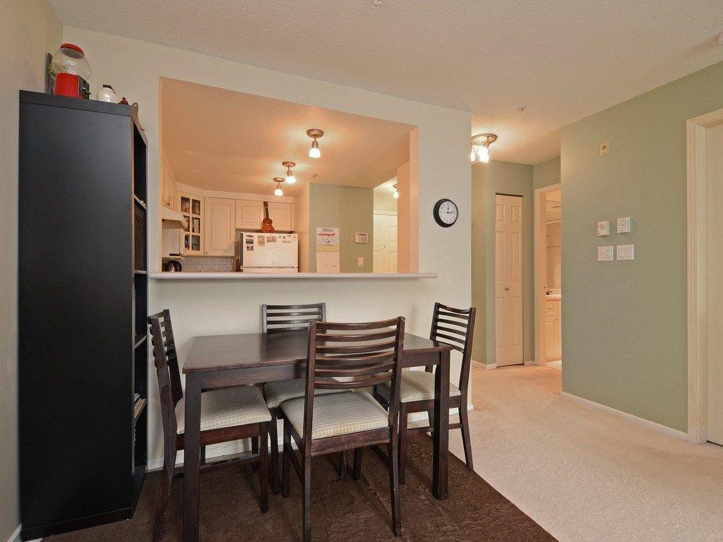 Photo 7: Photos: 412 1575 BEST Street: White Rock Condo for sale (South Surrey White Rock)  : MLS®# R2299527
