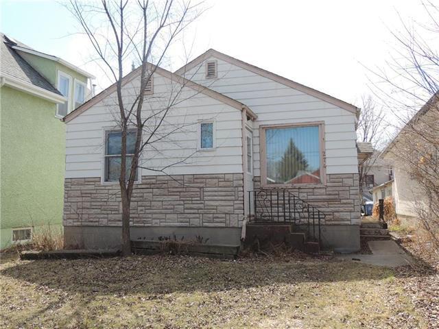 Main Photo: 274 Dumoulin Street in Winnipeg: St Boniface Residential for sale (2A)  : MLS®# 1909479