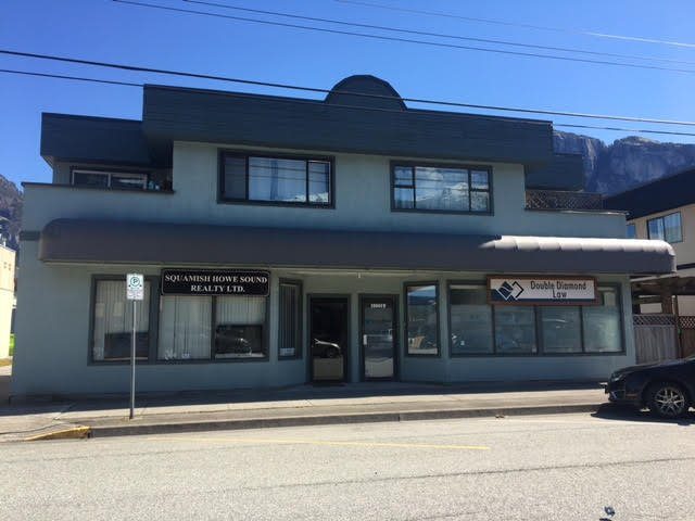 Main Photo: 2 38060 SECOND Avenue in Squamish: Downtown SQ Condo for sale : MLS®# R2361673