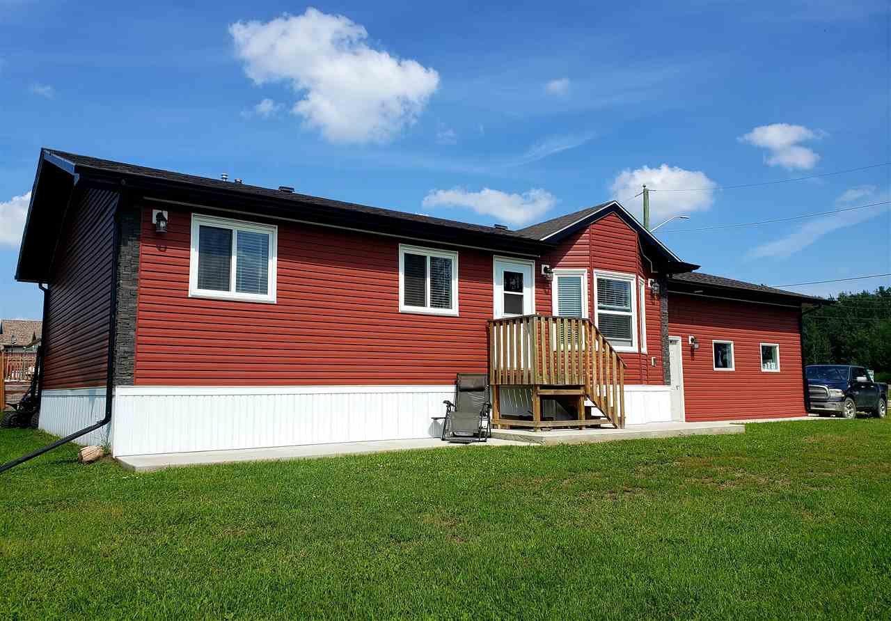 Main Photo: 4512 43 Avenue: Rural Lac Ste. Anne County House for sale : MLS®# E4166342