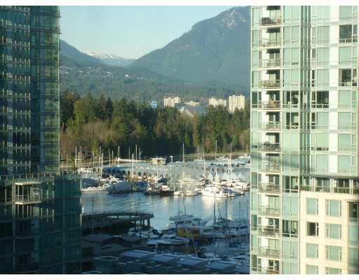 Main Photo: 804 1333 W GEORGIA STREET in : Coal Harbour Condo for sale : MLS®# V800475