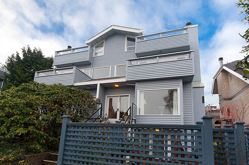 Main Photo: 2530 CORNWALL Avenue in Vancouver: Kitsilano Townhouse for sale (Vancouver West)  : MLS®# V877680