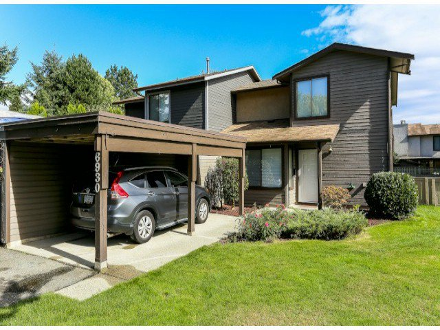 "Main Photo: 6930 134A ST in SURREY: West Newton House 1/2 Duplex for sale in ""BENTLEY PLACE"" (Surrey)  : MLS®# F1322309"