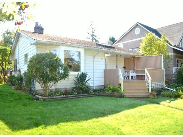 """Main Photo: 2976 MCBRIDE Avenue in Surrey: Crescent Bch Ocean Pk. House for sale in """"CRESCENT BEACH"""" (South Surrey White Rock)  : MLS®# F1423437"""