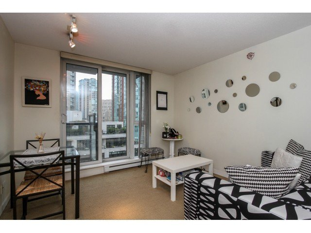 """Main Photo: 903 1010 RICHARDS Street in Vancouver: Yaletown Condo for sale in """"THE GALLERY"""" (Vancouver West)  : MLS®# V1112693"""