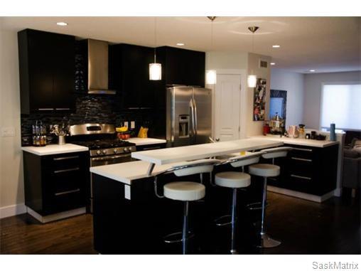 Main Photo: 358 OTTAWA Street in Regina: Churchill Downs Single Family Dwelling for sale (Regina Area 03)  : MLS®# 534903