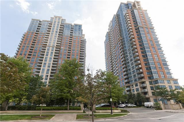 Main Photo: 2038 35 Viking Lane in Toronto: Islington-City Centre West Condo for sale (Toronto W08)  : MLS®# W3552510
