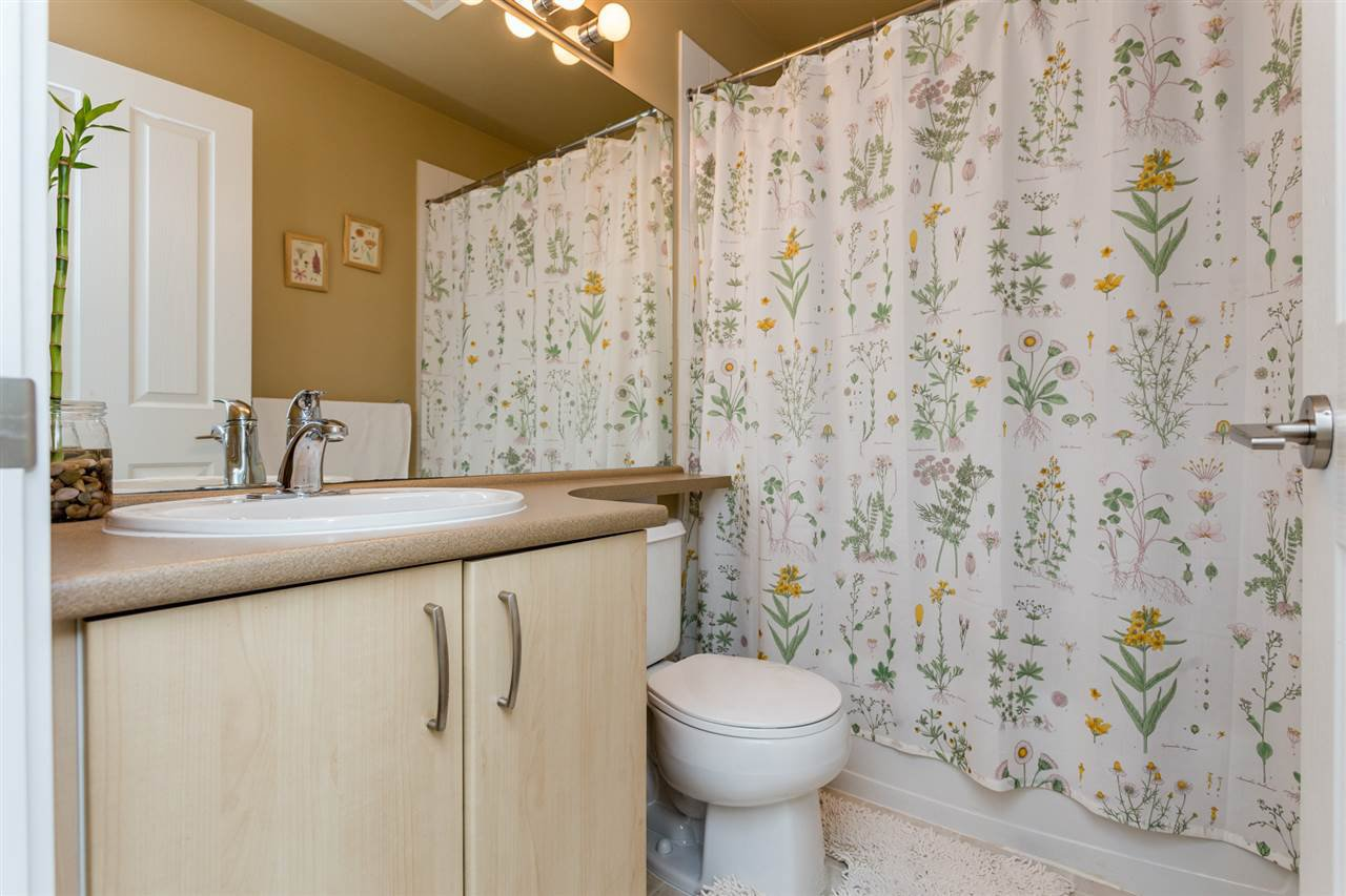 "Photo 13: Photos: 85 15155 62A Avenue in Surrey: Sullivan Station Townhouse for sale in ""Oaklands"" : MLS®# R2107813"