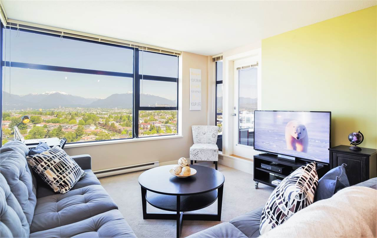 "Main Photo: 2308 5380 OBEN Street in Vancouver: Collingwood VE Condo for sale in ""URBA"" (Vancouver East)  : MLS®# R2171062"