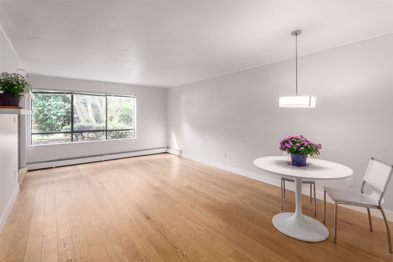 """Main Photo: 106 1877 W 5TH Avenue in Vancouver: Kitsilano Condo for sale in """"WEST ON 5TH"""" (Vancouver West)  : MLS®# R2197302"""