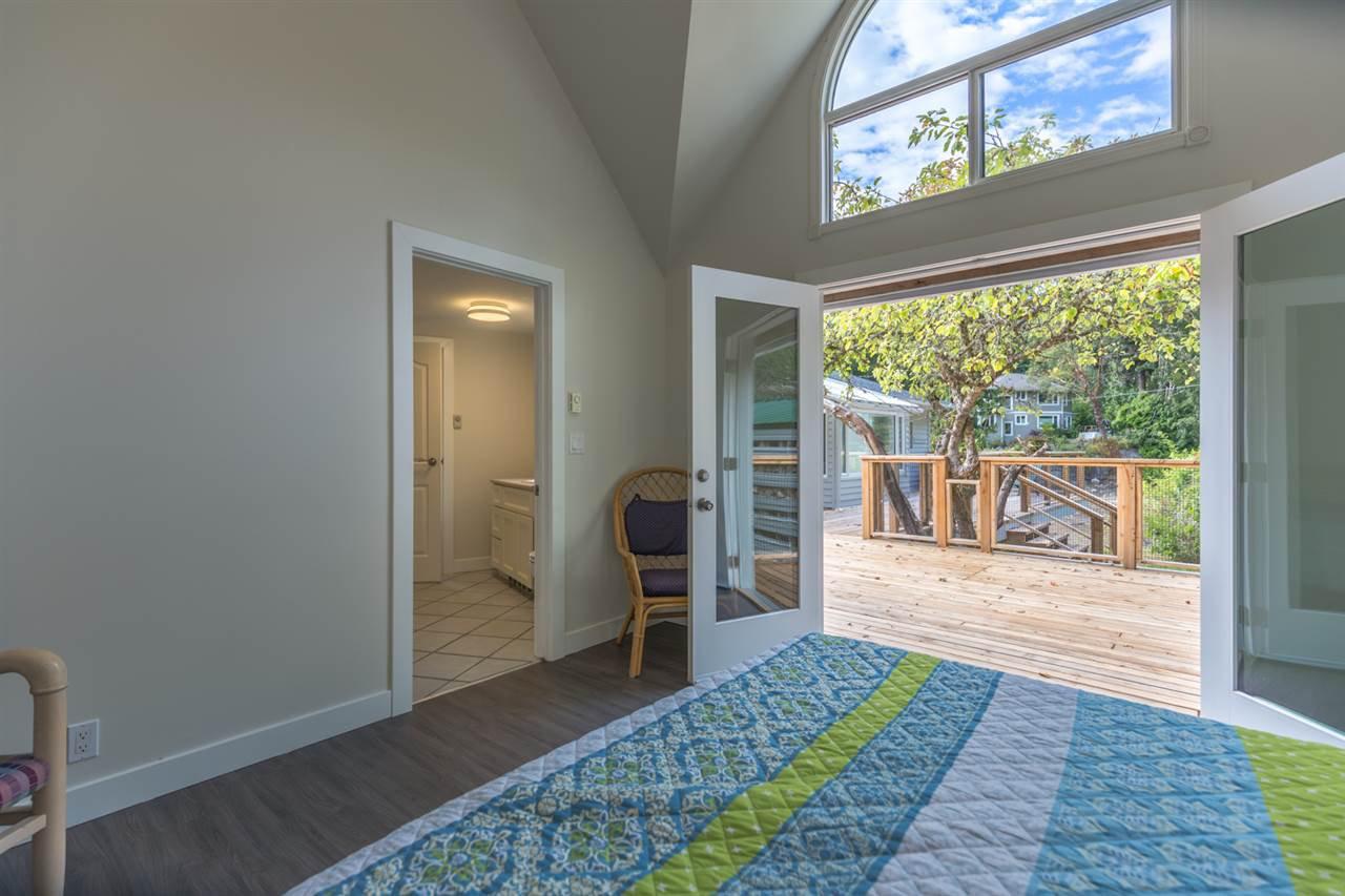 Photo 4: Photos: 5675 RUTHERFORD Road in Halfmoon Bay: Halfmn Bay Secret Cv Redroofs House for sale (Sunshine Coast)  : MLS®# R2207519