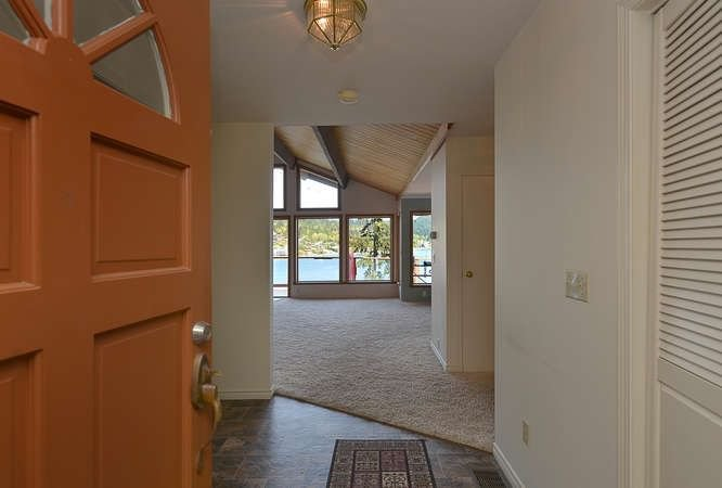 Photo 6: Photos: 392 SKYLINE Drive in Gibsons: Gibsons & Area House for sale (Sunshine Coast)  : MLS®# R2238412