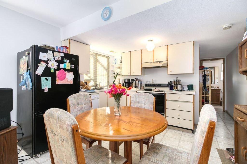 Photo 18: Photos: 22954 REID Avenue in Maple Ridge: East Central House for sale : MLS®# R2239408