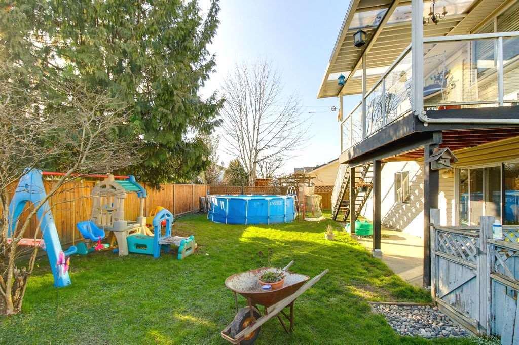 Photo 20: Photos: 22954 REID Avenue in Maple Ridge: East Central House for sale : MLS®# R2239408