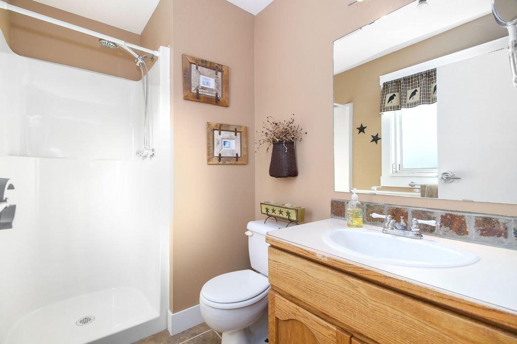 Photo 13: Photos: 22954 REID Avenue in Maple Ridge: East Central House for sale : MLS®# R2239408