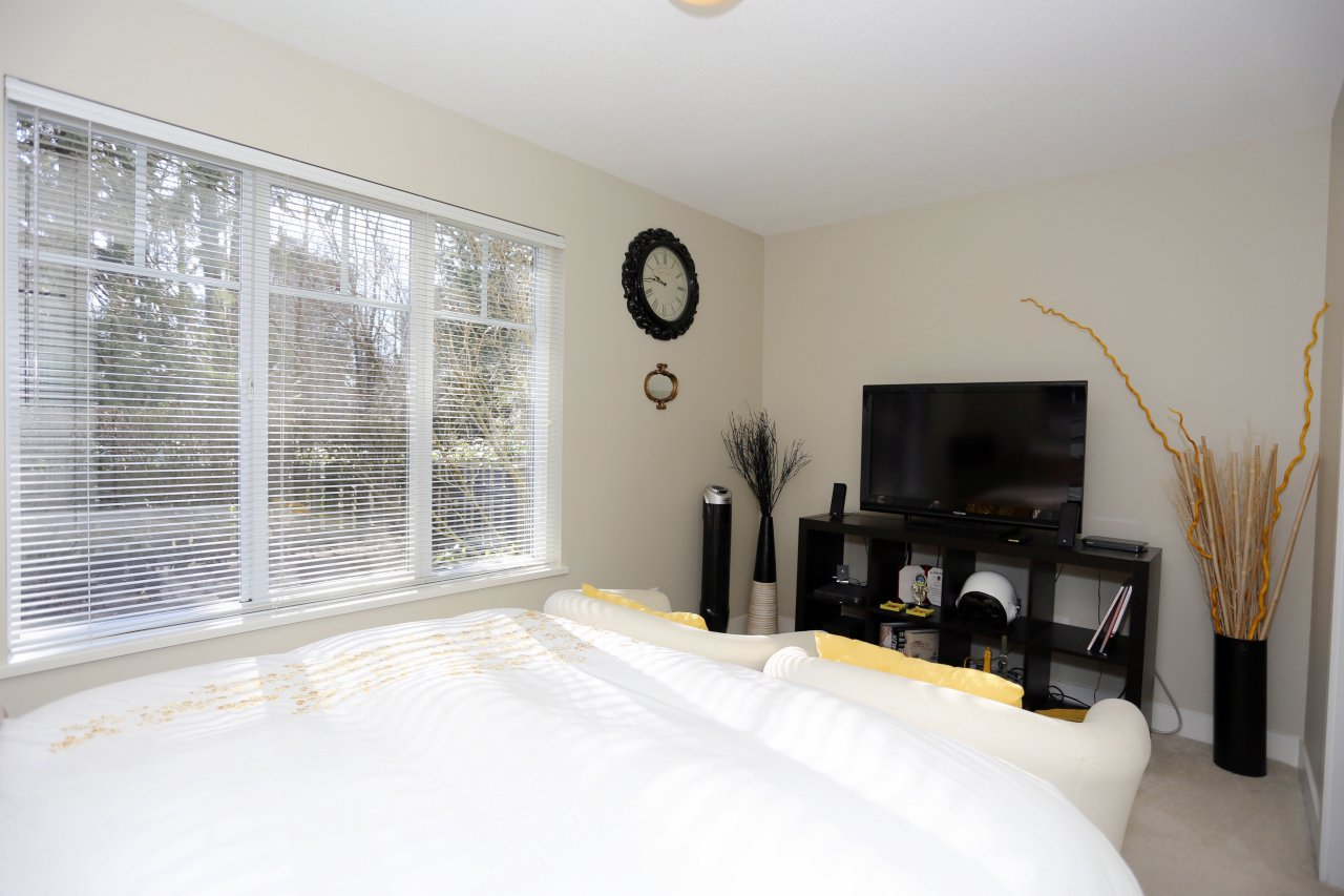 """Photo 21: Photos: 92 20038 70 Avenue in Langley: Willoughby Heights Townhouse for sale in """"Daybreak"""" : MLS®# R2239474"""
