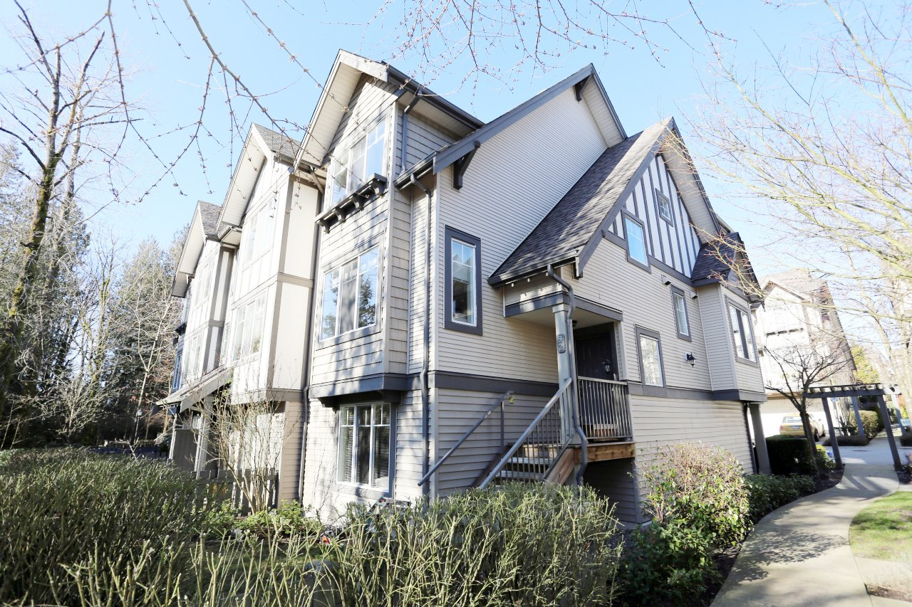 """Photo 2: Photos: 92 20038 70 Avenue in Langley: Willoughby Heights Townhouse for sale in """"Daybreak"""" : MLS®# R2239474"""